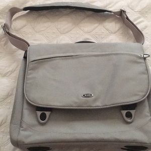 TUMI PADDED MESSENGER BAG